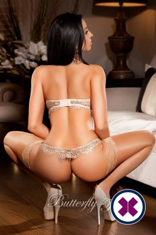 Aleeza is a high class Russian Escort London