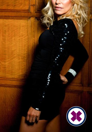 Allya er en sexy English Escort i Westminster