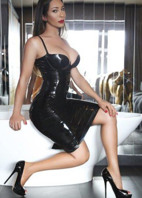 TS Vita Keller - an agency escort in London